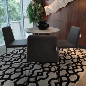 Cadeira Andy C/Pés em Aço Carbono - Cinza