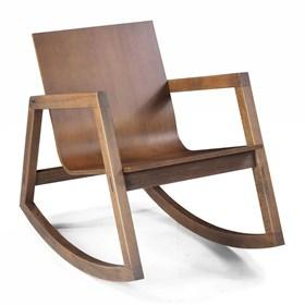 Cadeira de Balanço Toledo em Madeira Maciça S/Couro