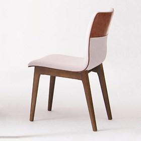 Cadeira Dobly Fixa C/Encosto Anatômico