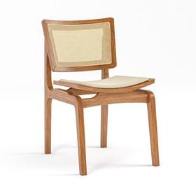 Cadeira Modesto em Madeira Maciça - Champagne/Bege