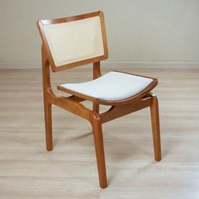 Cadeira Modesto em Madeira Maciça - Champagne/Mescla