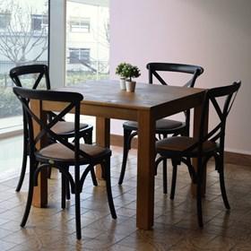 Conjunto de 2 Cadeiras Juárez em Madeira Maciça - Preta